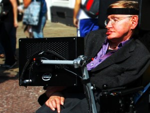 Stephen_Hawking_in_Cambridge