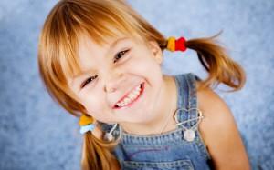 Nina_sonriendo
