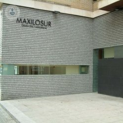 Clínica Dental Maxilosur