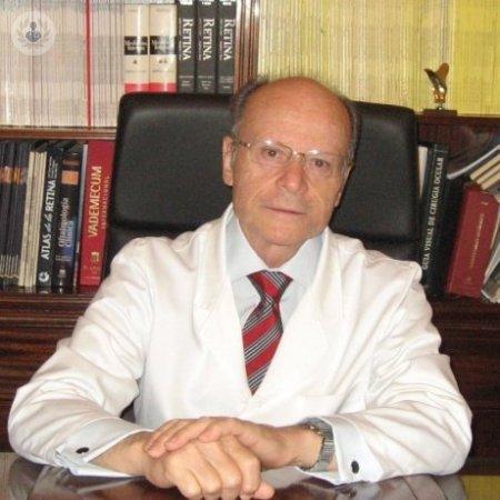 Dr. Carlos Piñana Darias MEDICOS ESPECIALISTAS: OFTALMOLOGIA