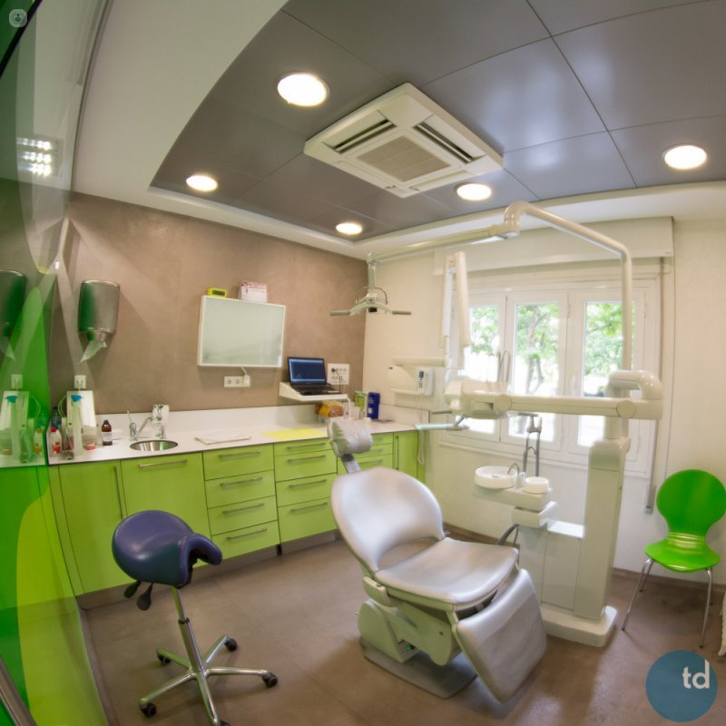 Cl nica dental instituto silmi cl nica dental en madrid - Clinica dental segovia ...
