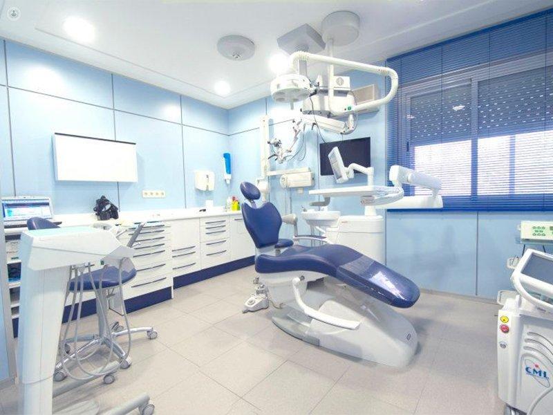Cl nica dental bowen en madrid - Caser salud dental ...