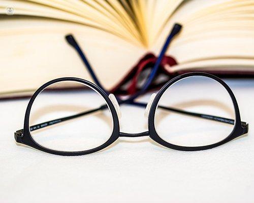 6abefa45d3 Diferencias entre las lentes trifocales y las lentes intraoculares  multifocales