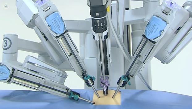 operación de tumor de próstata con robot